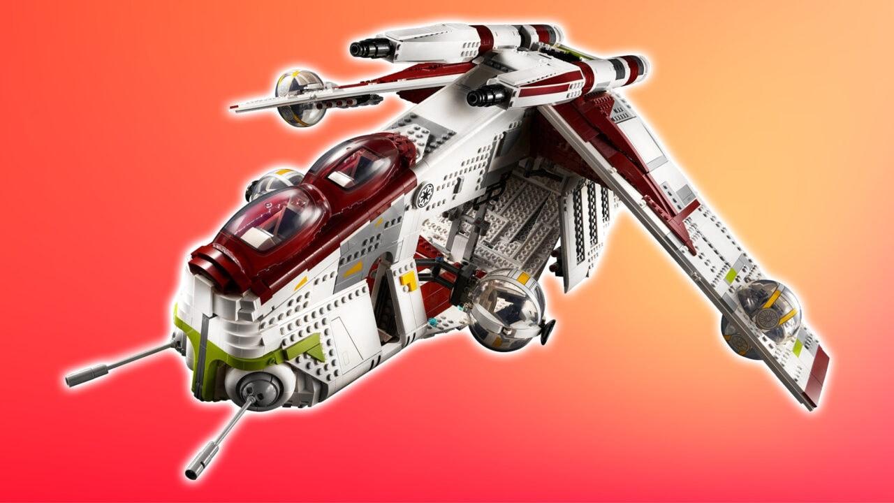 LEGO Star Wars Cannoniera della Repubblica ufficiale: 74 cm di apertura alare, 3.292 pezzi (foto)