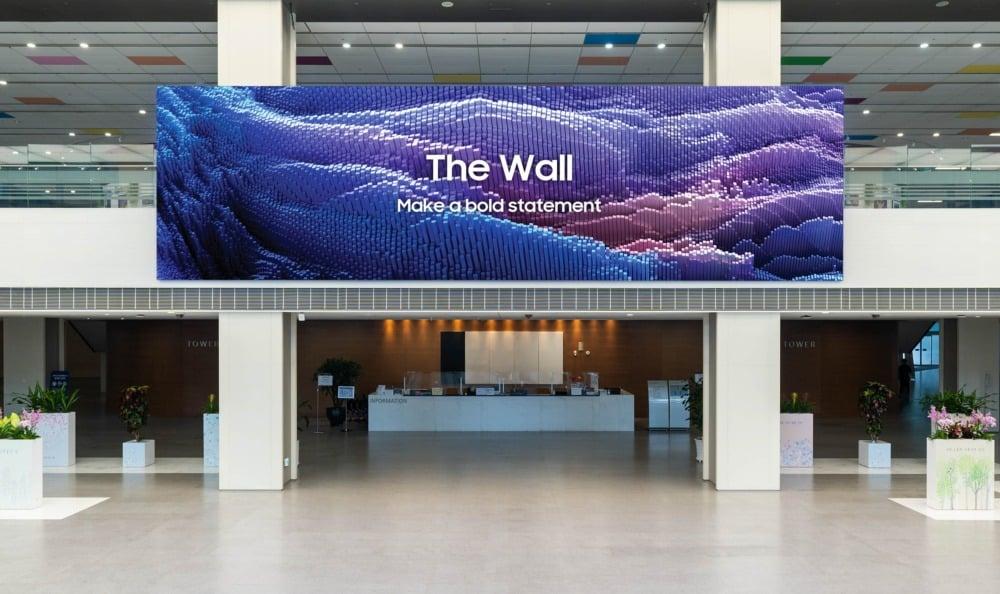 """Il nuovo schermo MicroLED di Samsung raggiunge 1.000"""" a 16K: no, i numeri non sono sbagliati"""