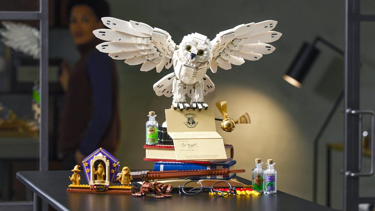 LEGO Harry Potter Icone di Hogwarts: disponibile il costoso set da collezione (che vorrete)