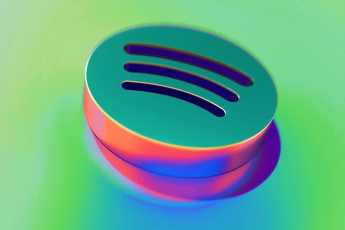 Abstract,Color,Spotify,Icon,With,Colorful,Reflections,On,The,Green