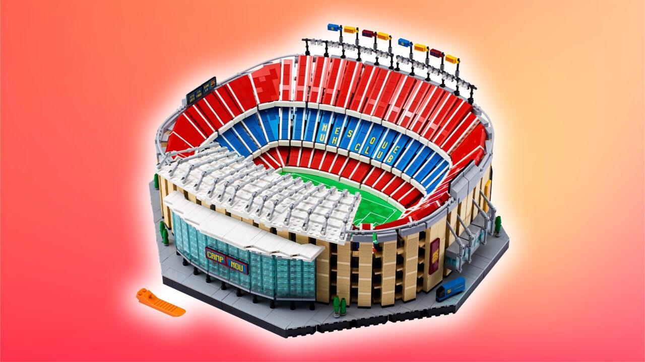 LEGO Camp Nou ufficiale: il set dedicato allo stadio dell'FC Barcelona di oltre 5.000 pezzi (foto)