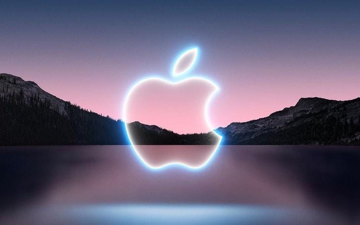 Correte ad aggiornare iPhone, iPad e Apple Watch: Apple ha rilasciato iOS 15.0.2 e watchOS 8.0.1